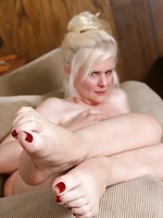 hot milf naked